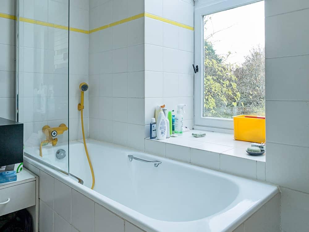 salle de bains gite autour de Bourges